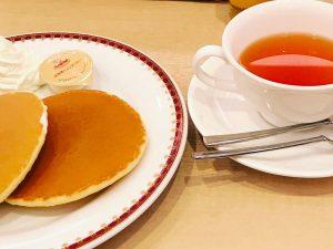 紅茶とパンケーキ